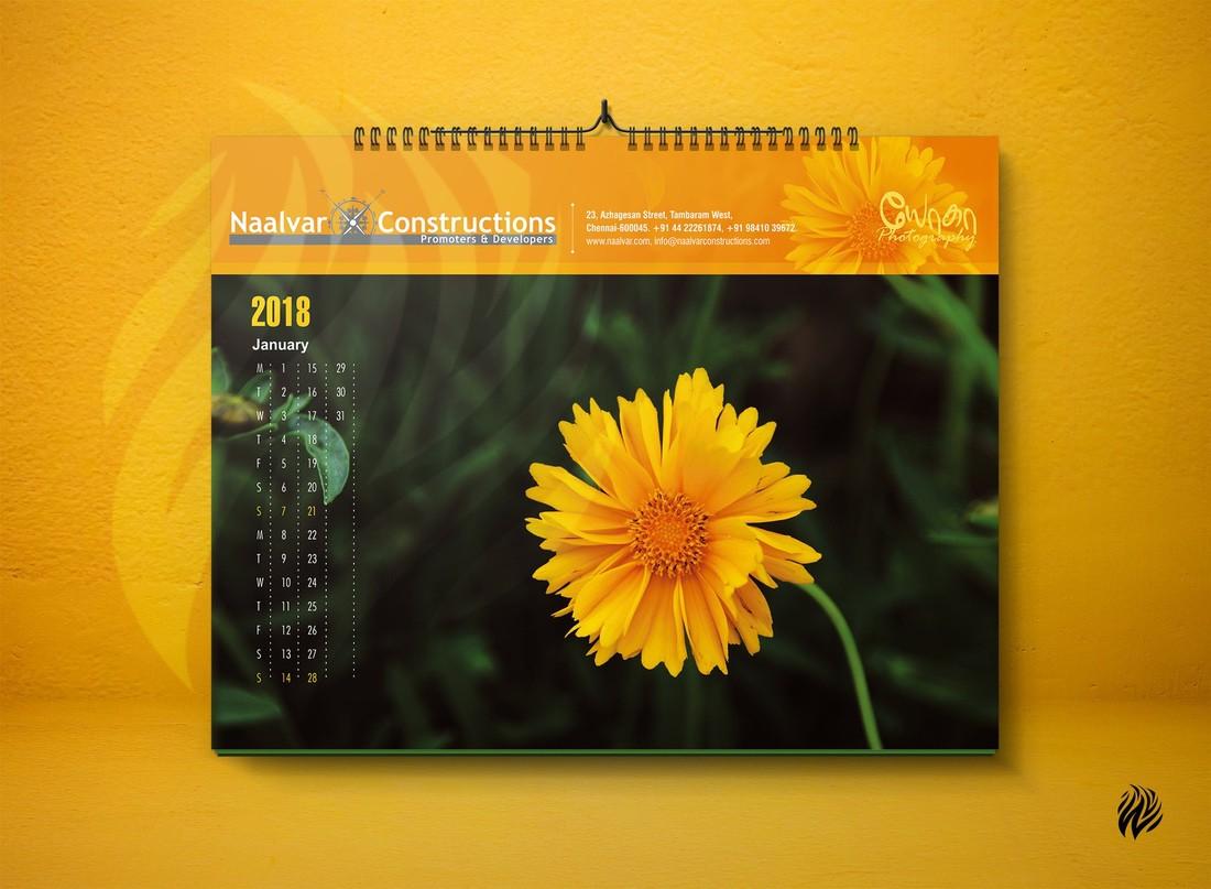 Free-Landscape-Wall-Calendar-Mockup-PSD_3~1